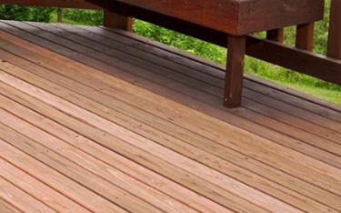 How to Tell If Your Deck Needs a Spring Cleaning