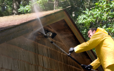Should Pressure Washing Be Done By a Professional?